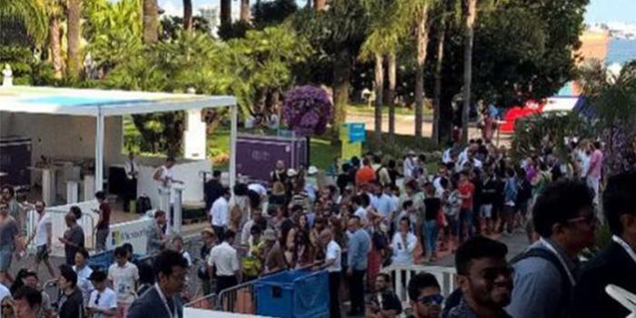 """Günseli Özen Ocakoğlu: """"Cannes Festival De Palais'de kimlere rastladım?"""""""