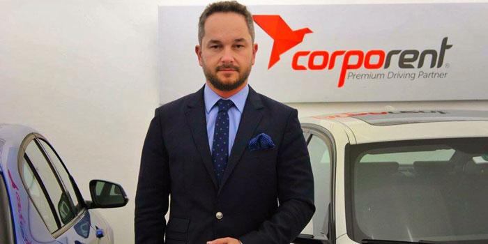 Corporent, Murat Özsoy'u ailesine kattı