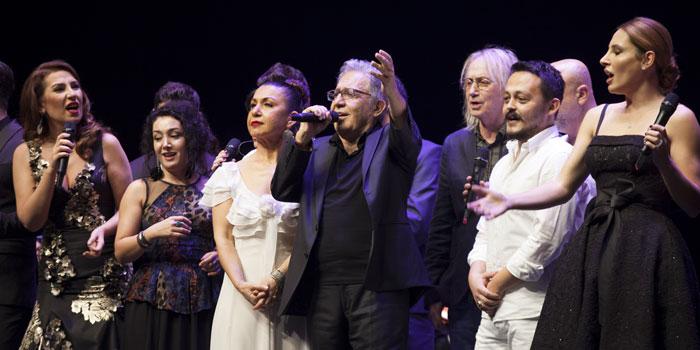 Zülfü Livaneli, 50. Sanat Yılı'nı ÇABA Derneği Organizasyonuyla Kutladı