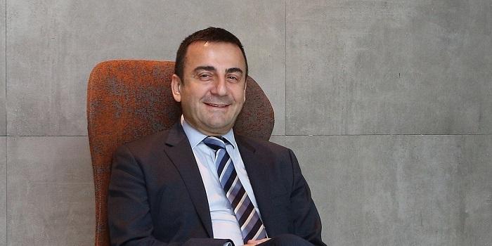 """Ahmet Sezer: """"Her akşam 10 milyon dolar riskle uyuyoruz"""""""