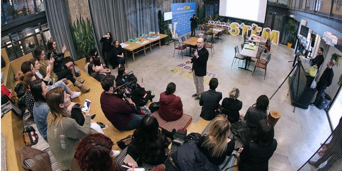 Geleceğin girişimcileri Uğur Okulları'nda yetişiyor