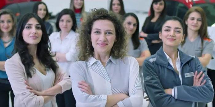 Dikkat çeken 8 Mart Dünya Kadınlar Günü reklamları