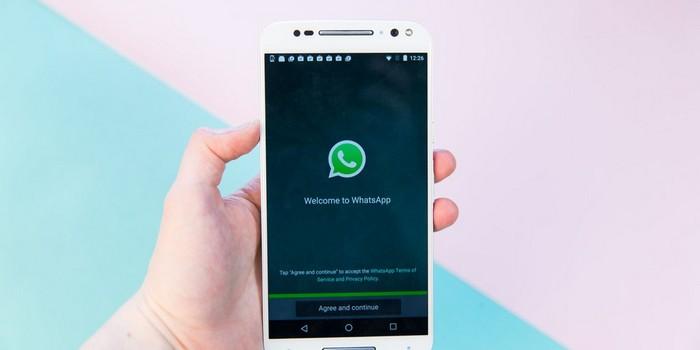 WhatsApp istenilen mesajı listenin başına sabitleme özelliğini test ediyor