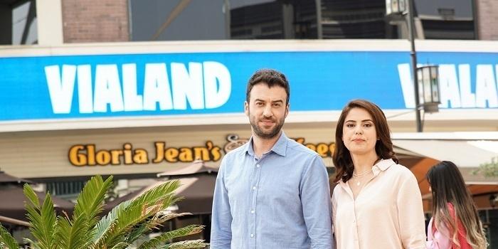 "Vialand'den yeni reklam filmi ""çifte eğlence"""