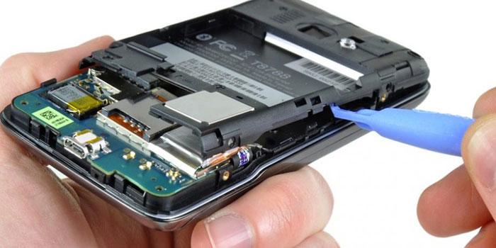 Bataryasız çalışan telefon geliştirildi