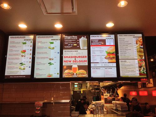 signage-in-restaurant