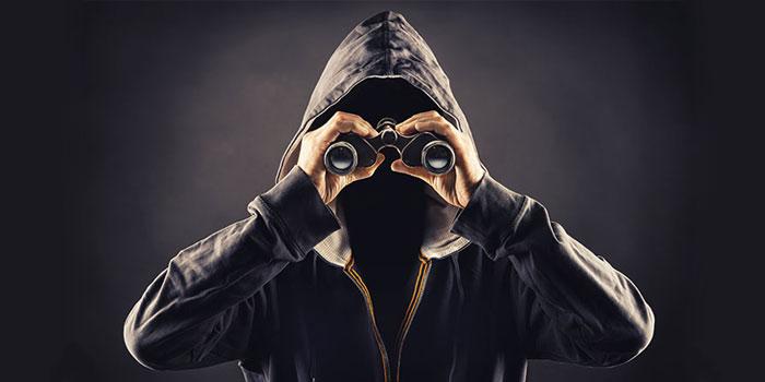 Muhtemelen sizi de takip ediyorlar: 5 maddede stalker'lar!