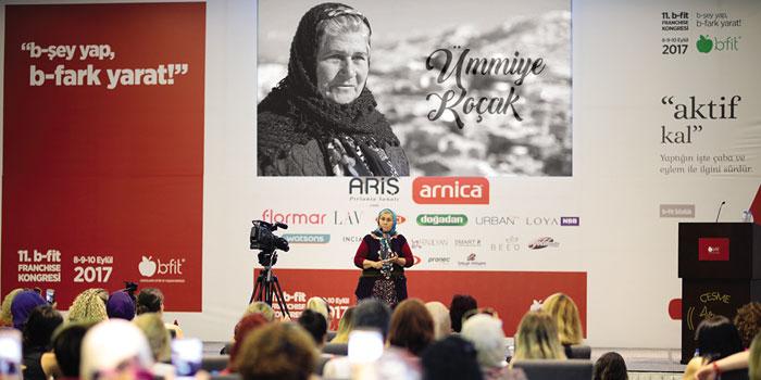 b-fit'in girişimci ve güçlü kadınları, 11.Ulusal b-fit Kongresi'nde buluştu
