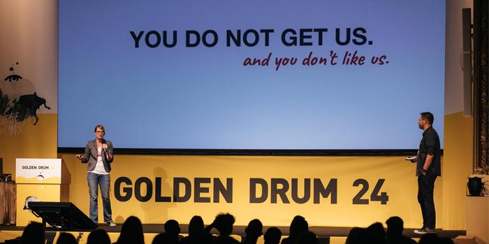 """""""Markalar dünyayı değiştirecek paraya ve güce sahiptir"""""""