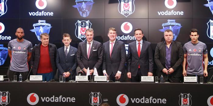 Vodafone ve Beşiktaş, dünyanın ilk dijital scouting projesini hayata geçirdi