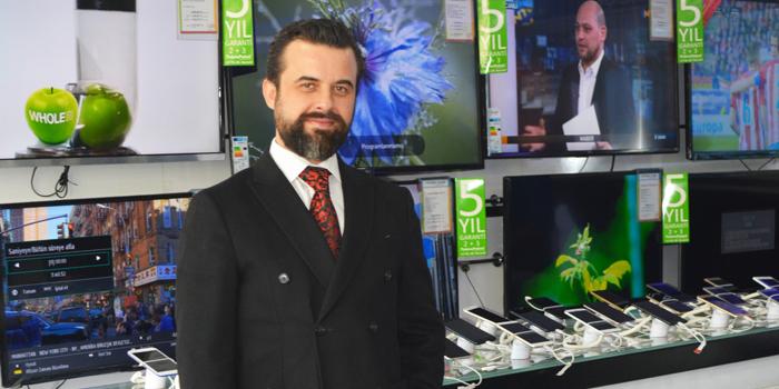 İstanbul Bilişim Ediz Akın tarafından satın alındı