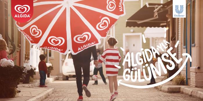 Algida yeni kampanyasıyla yazı selamlıyor