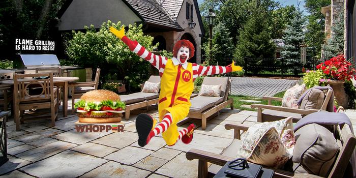 Burger King yeni kampanyasında yine McDonald's'a sataştı