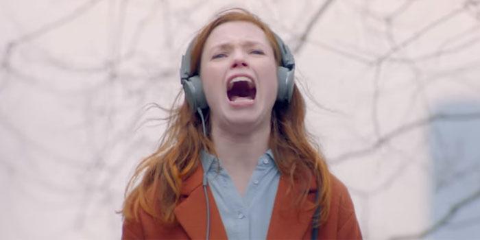 Dünyanın en kötü şarkısına maruz kalan gencin dramı