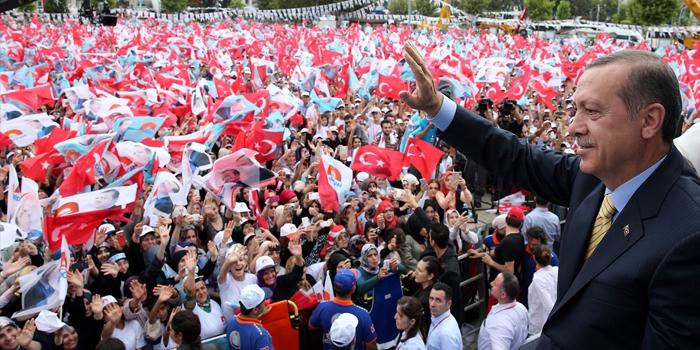 """Erdoğan'ın yeni seçim şarkısı belli oldu: """"Eroğlu Erdoğan"""""""