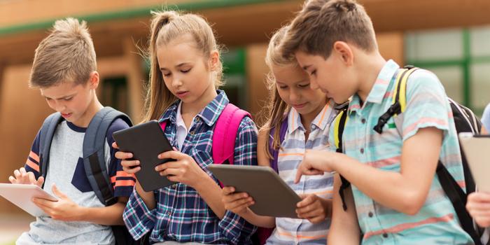Ebeveynlerin yüzde 63'ü çocuklarının internet güvenliğinden endişeli