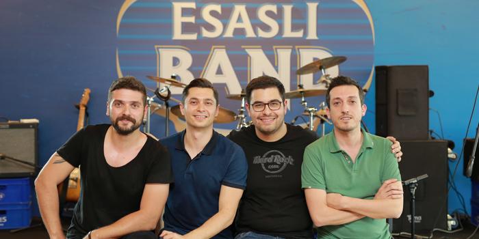 Anadolu EFES'in müzik gururu: Esaslı Band