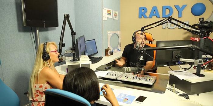 Tohum Otizm Vakfı'ndan Radyo D'de 'Beklenmedik Jingle'
