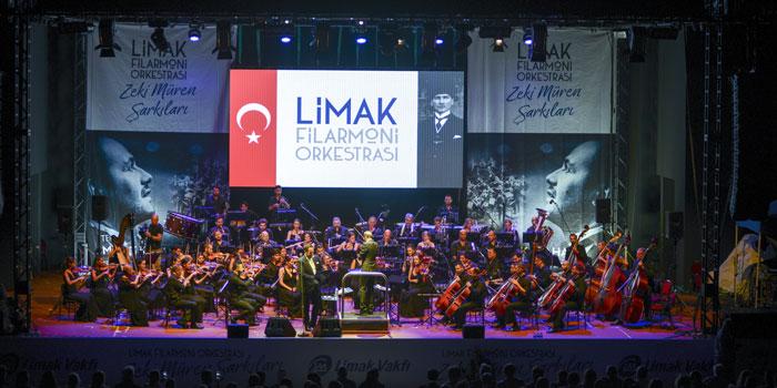 Limak Filarmoni Orkestrası, Zeki Müren şarkıları konseriyle Çeşme'deydi