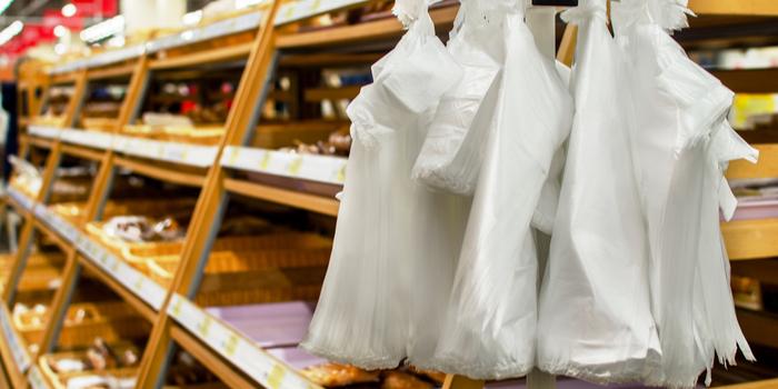 Alışverişlerde ücretsiz poşet dönemi sona eriyor