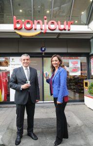 TOTAL Oil Türkiye A.Ş Satış Direktörü Göker Gürkaya, Nestlé Professional Türkiye Genel Müdürü Arzu Alibaz