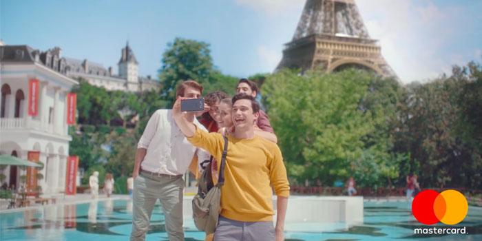 Mastercard iki yeni reklam filmi yayında