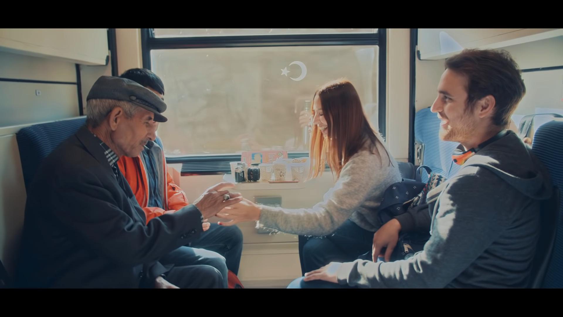 """Sabancı Holding'ten Cumhuriyet Bayramı'na özel film: """"Cumhuriyet'e vurgunuz"""""""