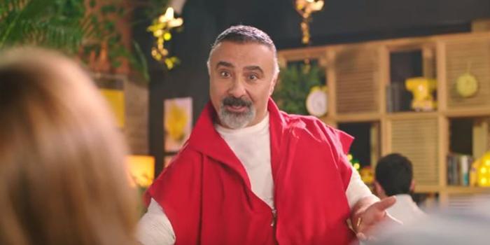 Lipton Ice Tea reklamı Coca-Cola'ya gönderme mi yapıyor?