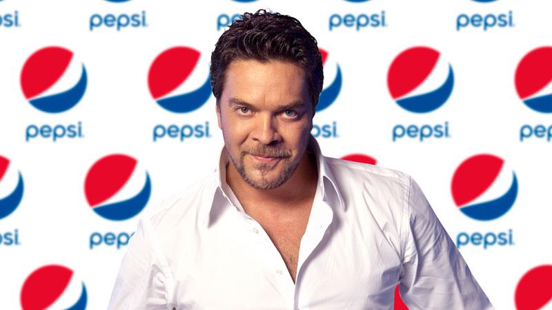 Pepsi Beyazıt Öztürk ile el sıkıştı