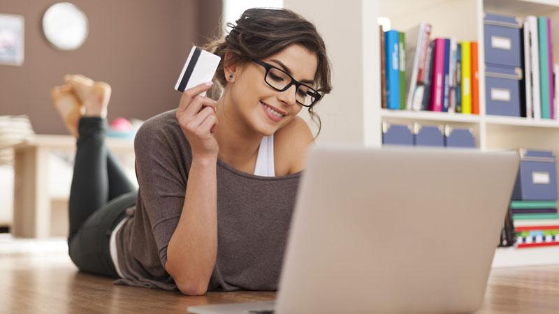 Müşteriler e-perakende sektöründeki markalardan memnun