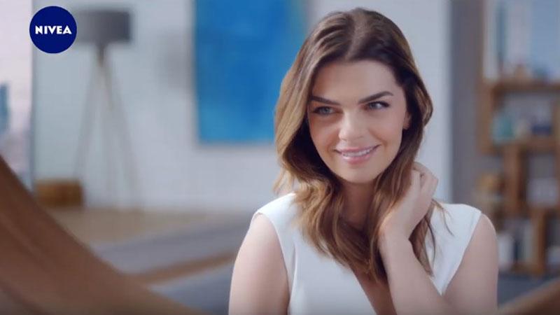 Pelin Karahan Nivea'nın marka yüzü oldu
