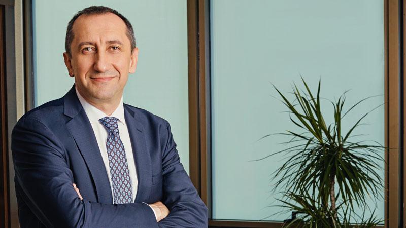 Türk Telekom'un yeni CEO'su Ümit Önal oldu