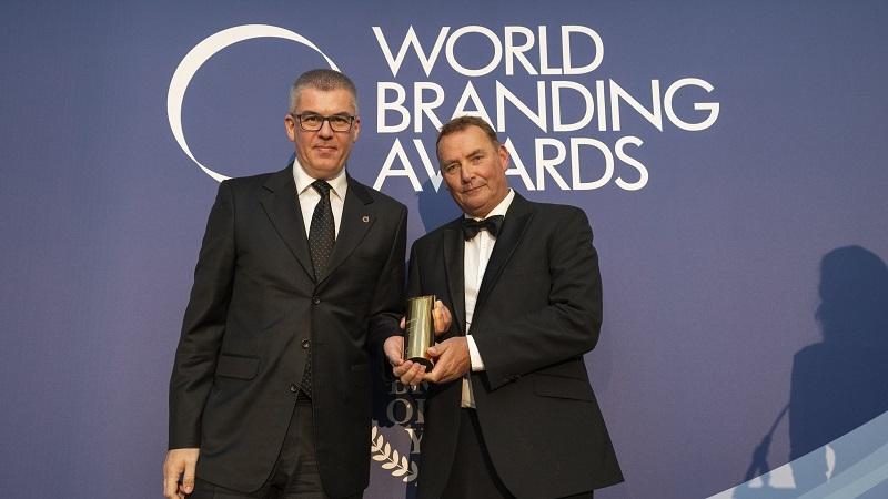 World Branding Awards'tan Özdilek Ev Tekstili'ne yılın markası ödülü