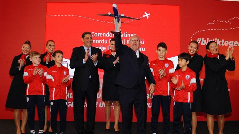 """Corendon Airlines, Altınordu Futbol Kulübü'nün """"Geleceğe Uçuş"""" sponsoru oldu"""