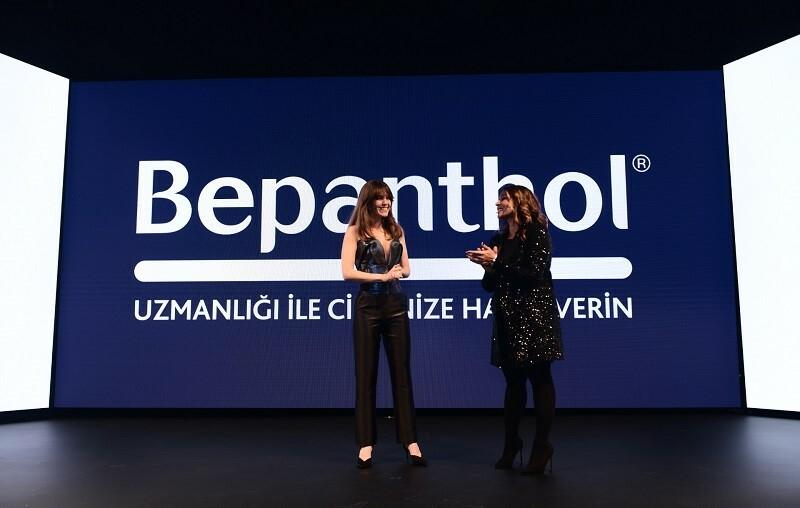 Bepanthol'ün reni reklam yüzü Aslı Enver oldu
