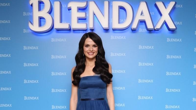 BLENDAX'ın yeni marka yüzü Sinem Ünsal oldu
