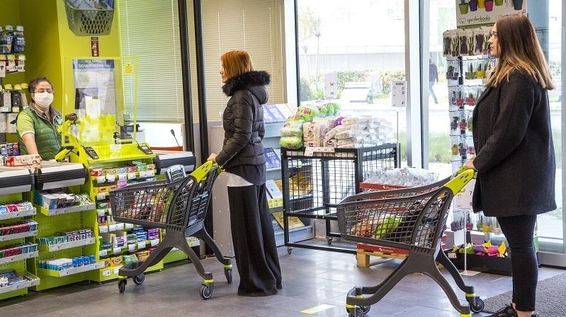 CarrefourSA'dan Koronavirüs önlemleri: Kasalara cam paravan, 1,5 metre sosyal mesafe