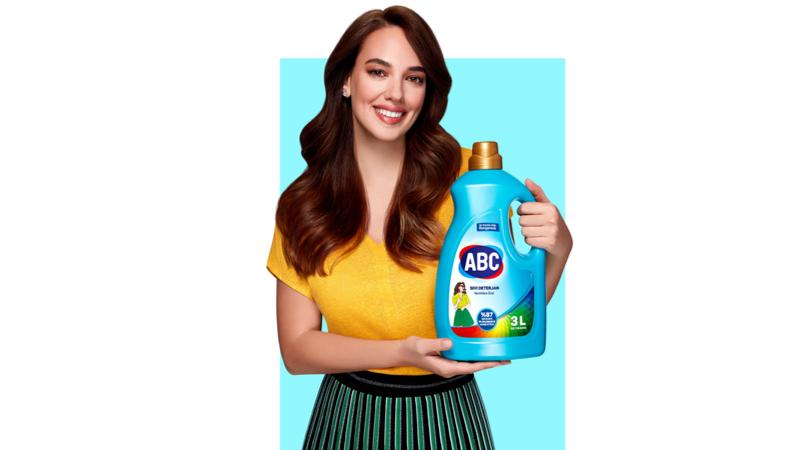 Seda Bakan ABC Deterjan'ın marka yüzü oldu