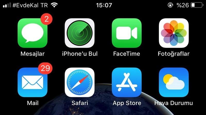 Vodafone'dan kullanıcılarına #EvdeKal mesajı