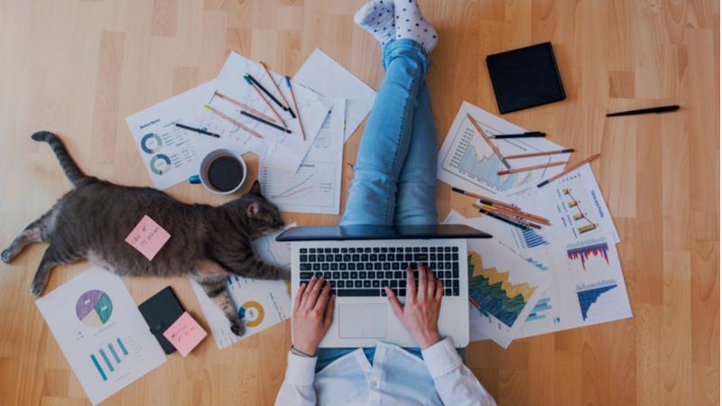 """Kreatiflerin gözünden """"home office"""" yaratıcılık"""