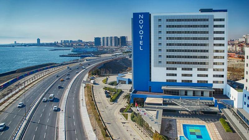 """Novotel sağlık çalışanlarını otelden çıkarmak istedi, sonra """"yanlış anlaşıldık"""" dedi"""