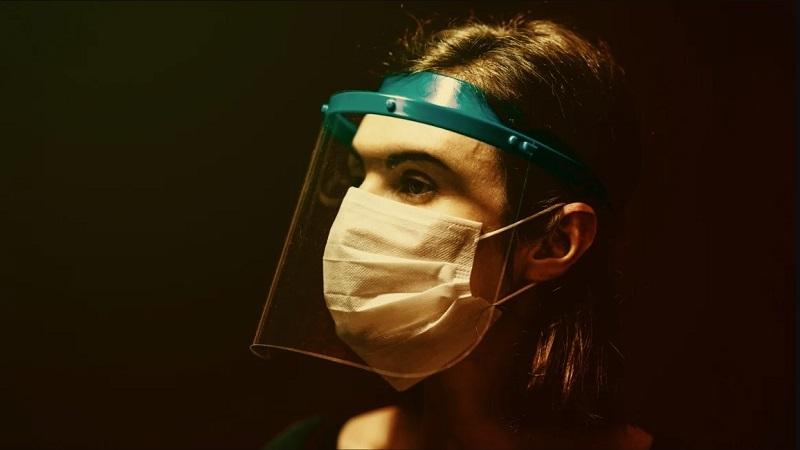 Amazon, kendi markasını taşıyan maskeleri üçte biri fiyatına satacak...
