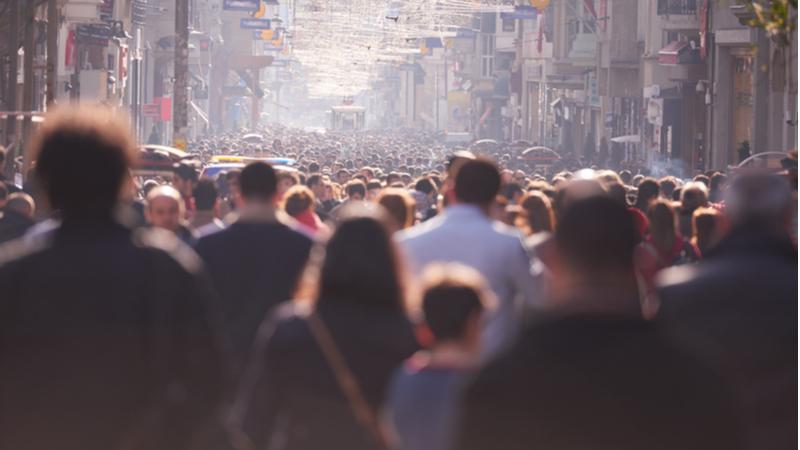 """Türkiye'de toplumun sadece 12'si """"insanların çoğuna güvenebilirim"""" diyor"""