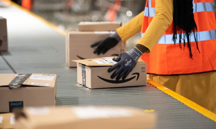 Almanya'da Amazon çalışanları greve girdi