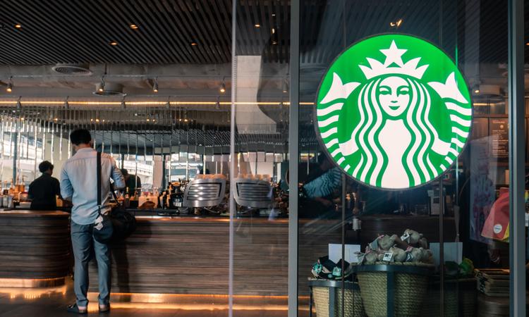 Starbucks 400 şubesini kapatacak