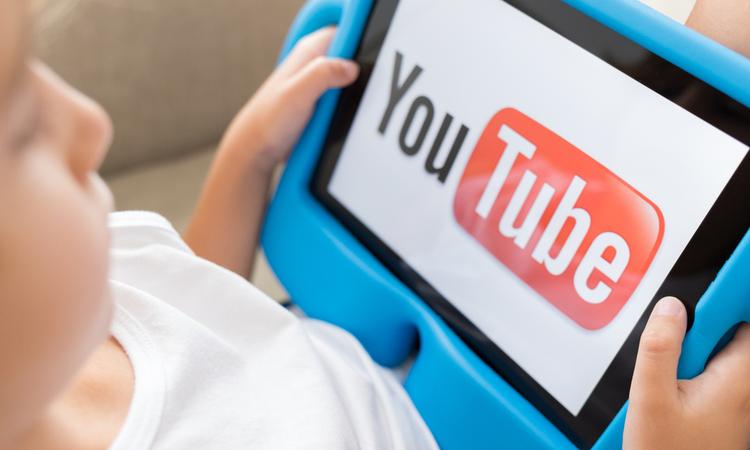 """YouTube """"pedofili ögeler içeren videolar"""" için basın açıklamasında bulundu..."""