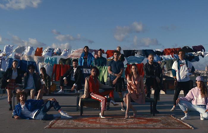 """Boyner'den Türkiye'nin özgün stilini modaya da taşıyan tarz bir iletişim kampanyası: """"Bizim Tarzımız Güzel"""""""