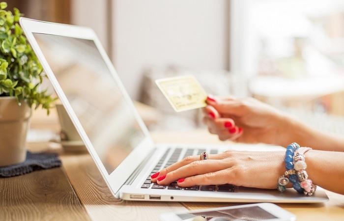 Bu yılın ilk yarısında e-ticaret, geçen yılın aynı dönemine göre yüzde 108 büyüdü