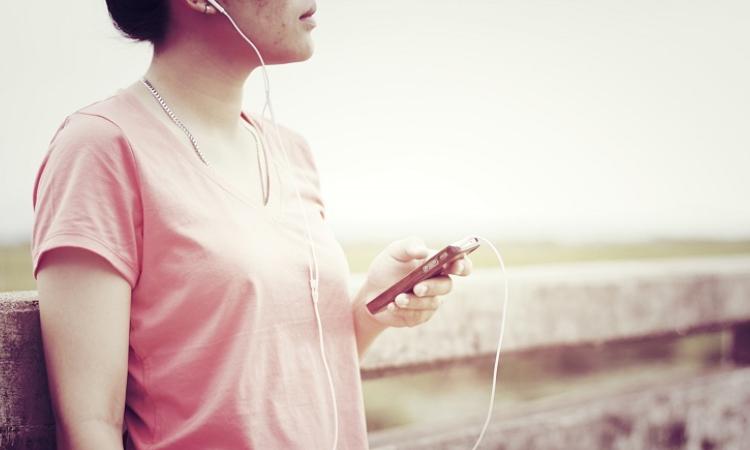 Sesli kitap pazarı yeni nesille büyüyor