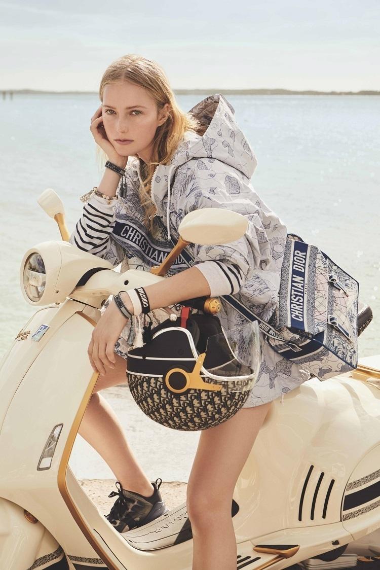 İki tasarım devinin buluşması: Vespa 946 Christian Dior!